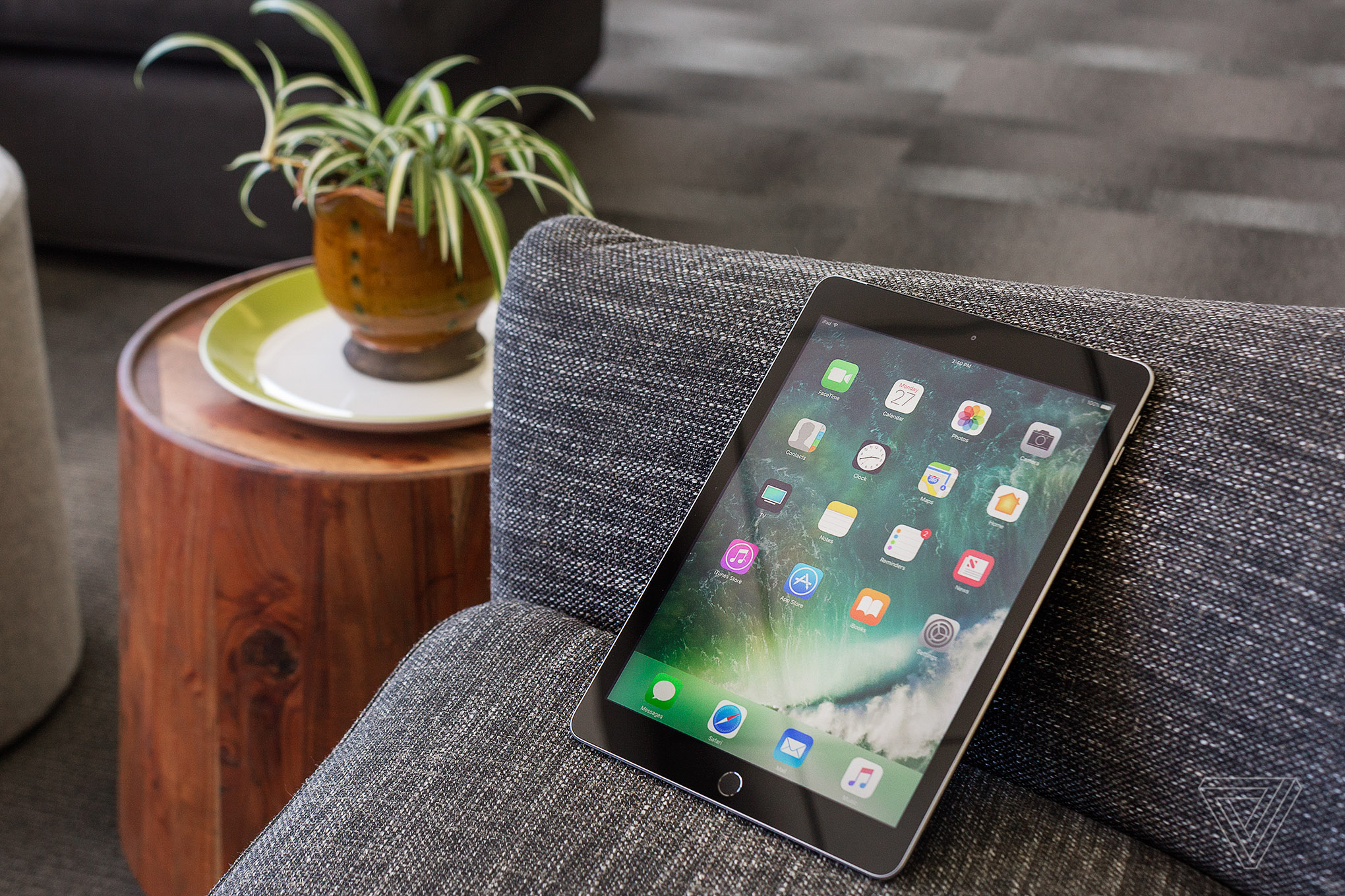 apple ipad 2017 review