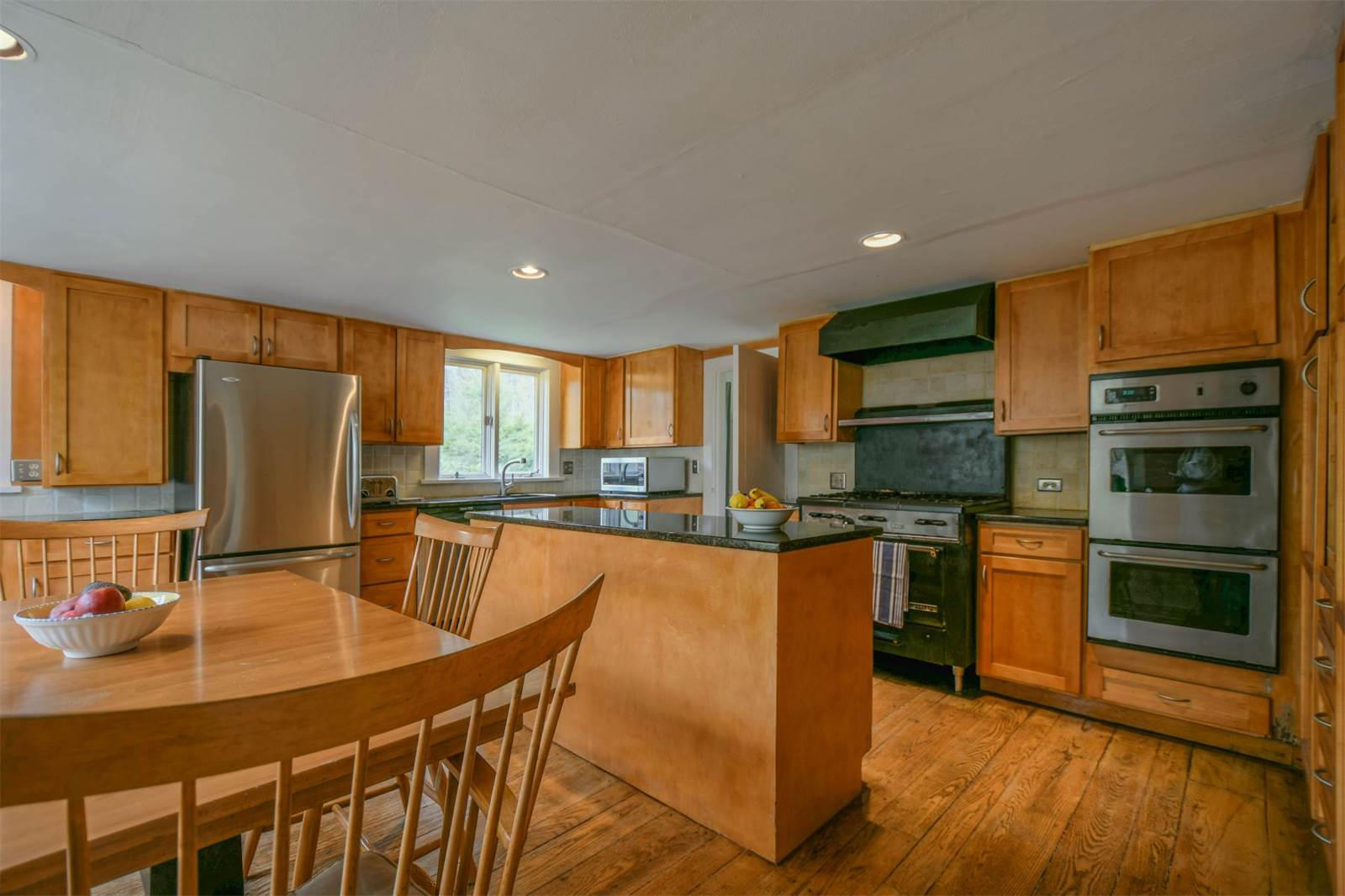 Charming 1793 Farmhouse In Connecticut Asks 498k Curbed