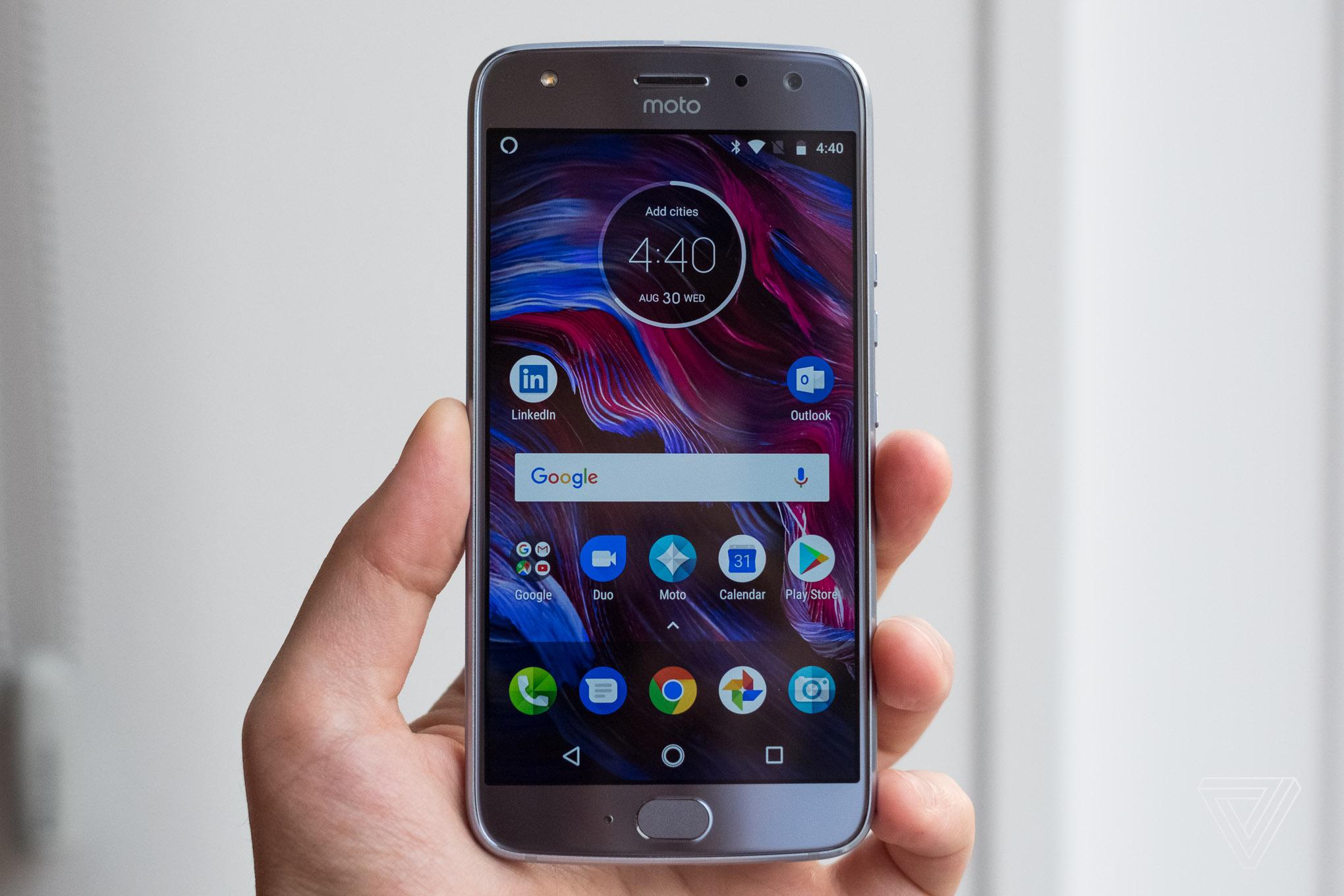 Good Color Motorola S Moto X4 Has Two Cameras And Amazon S Alexa