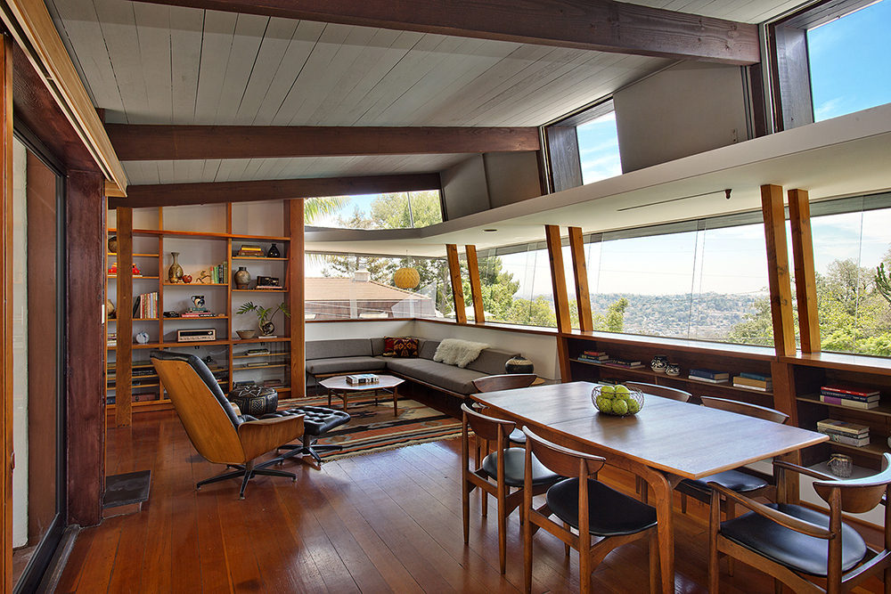 A quincy jones curbed la for Mid century modern homes los angeles