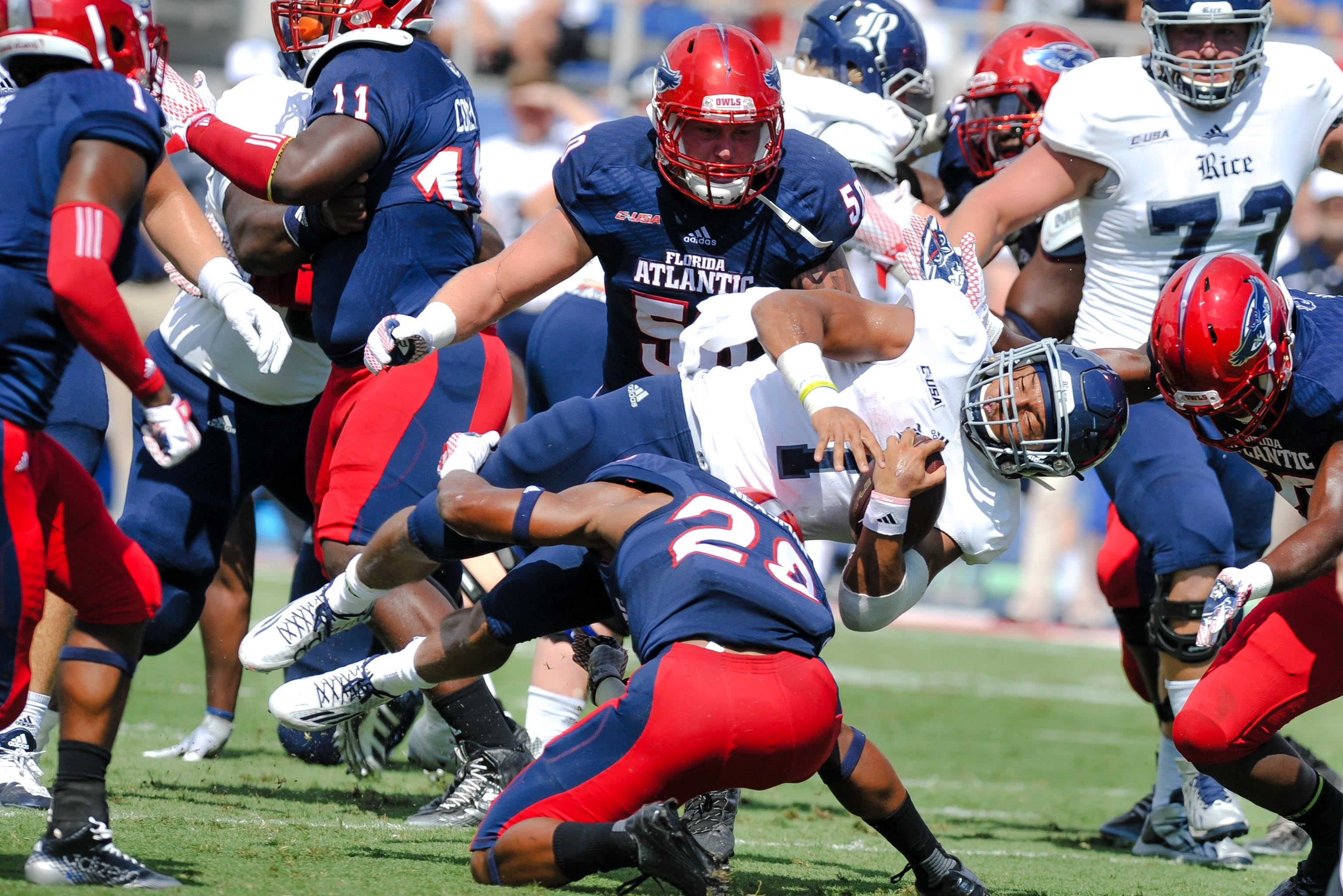 Fau Football Kept Getting In Its Own Way Last Year But Can The Owls