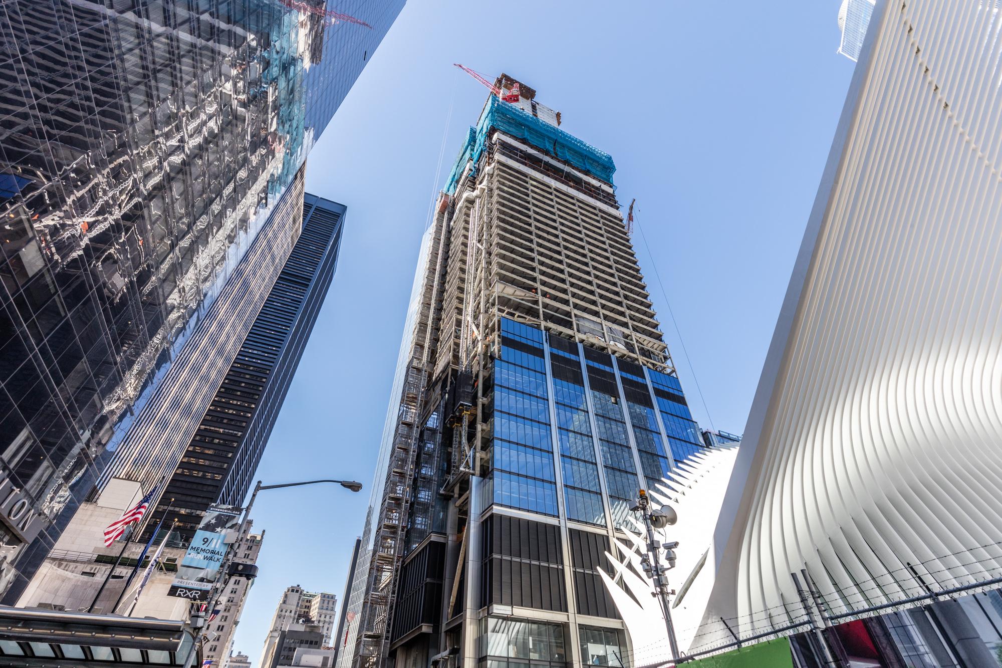 World Trade Center Construction : World trade center curbed ny