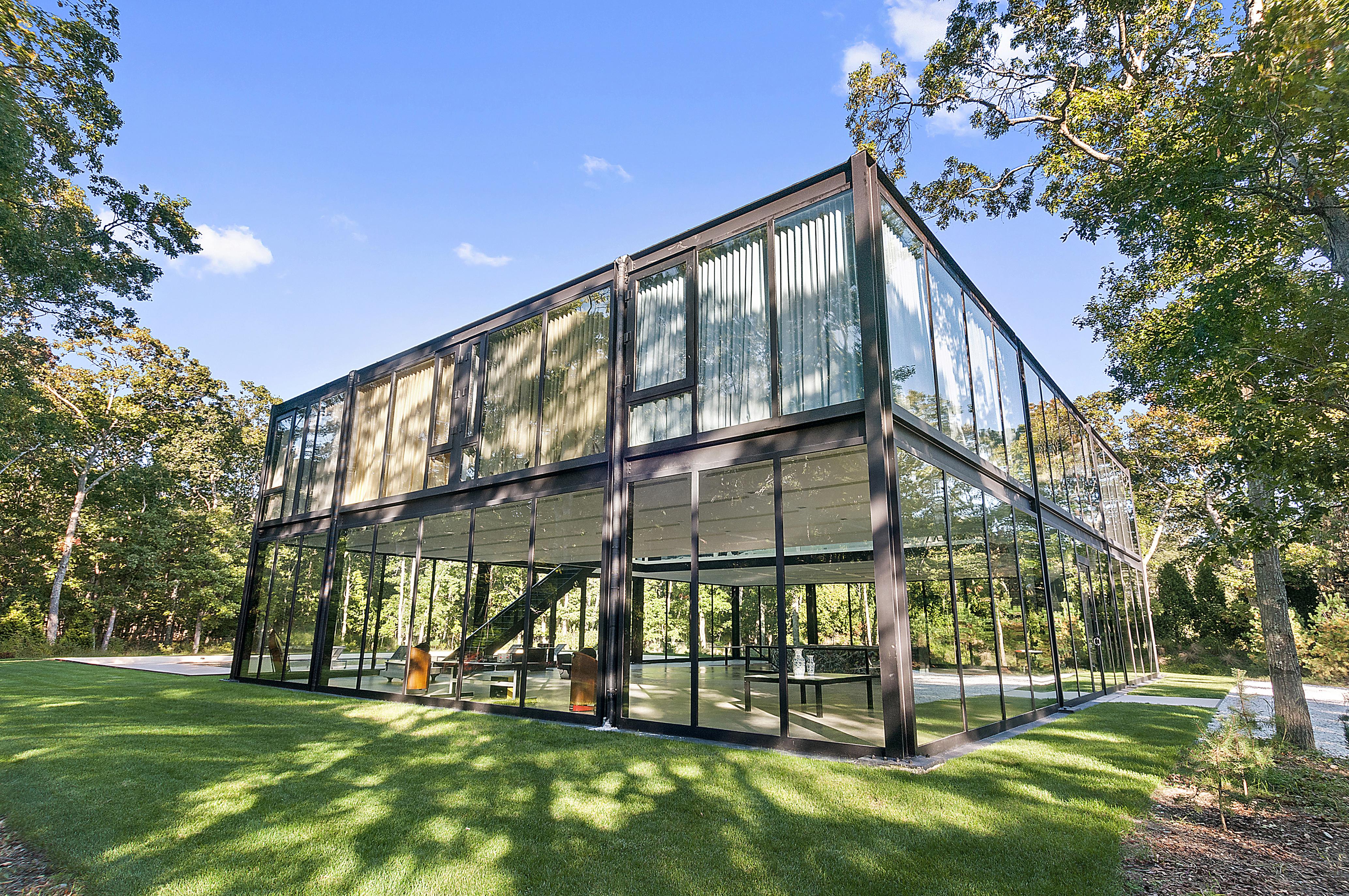 Industrial Bedrooms Sagaponack Abode Offers Multiple Views Of Ocean Pond And